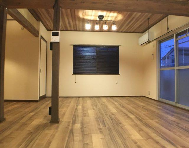 全室照明付き 腰高窓にはブラインドを装備