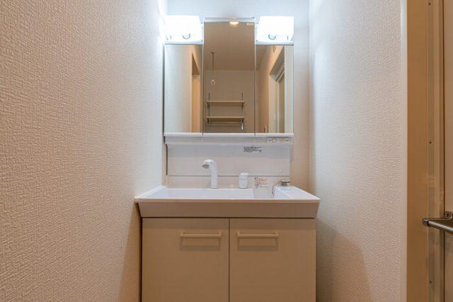 洗面 三面鏡